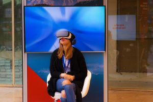 How Virtual Reality is Disrupting the Workplace