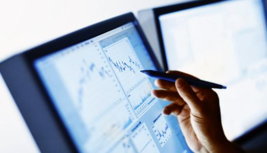 woman using predictive analytics